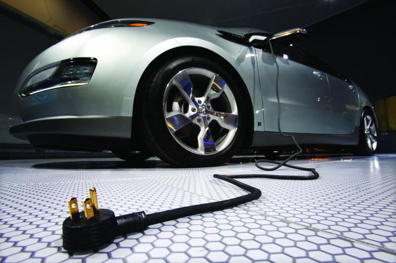 Plug and play: the Chevrolet Volt, Detroit, January 2009. (Mark Blinch / Courtesy Reuters)