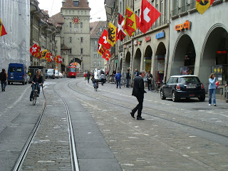 A shared space street in Bern, allowing only bikes, pedestrians and transit. http://pedbikesafetyinternationalscan.blogspot.com/2009/05/shared-space-street-in-bern-allowing.html
