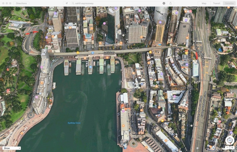 Aerial Photo (via Apple Maps) of Cahill Expressway at Circular Quay, facing south. Red marks indicate extent of section.