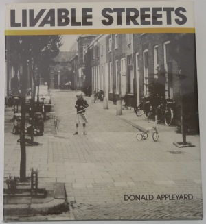 livable-streets-first-edition-hardcover-book-donald-appleyard_02